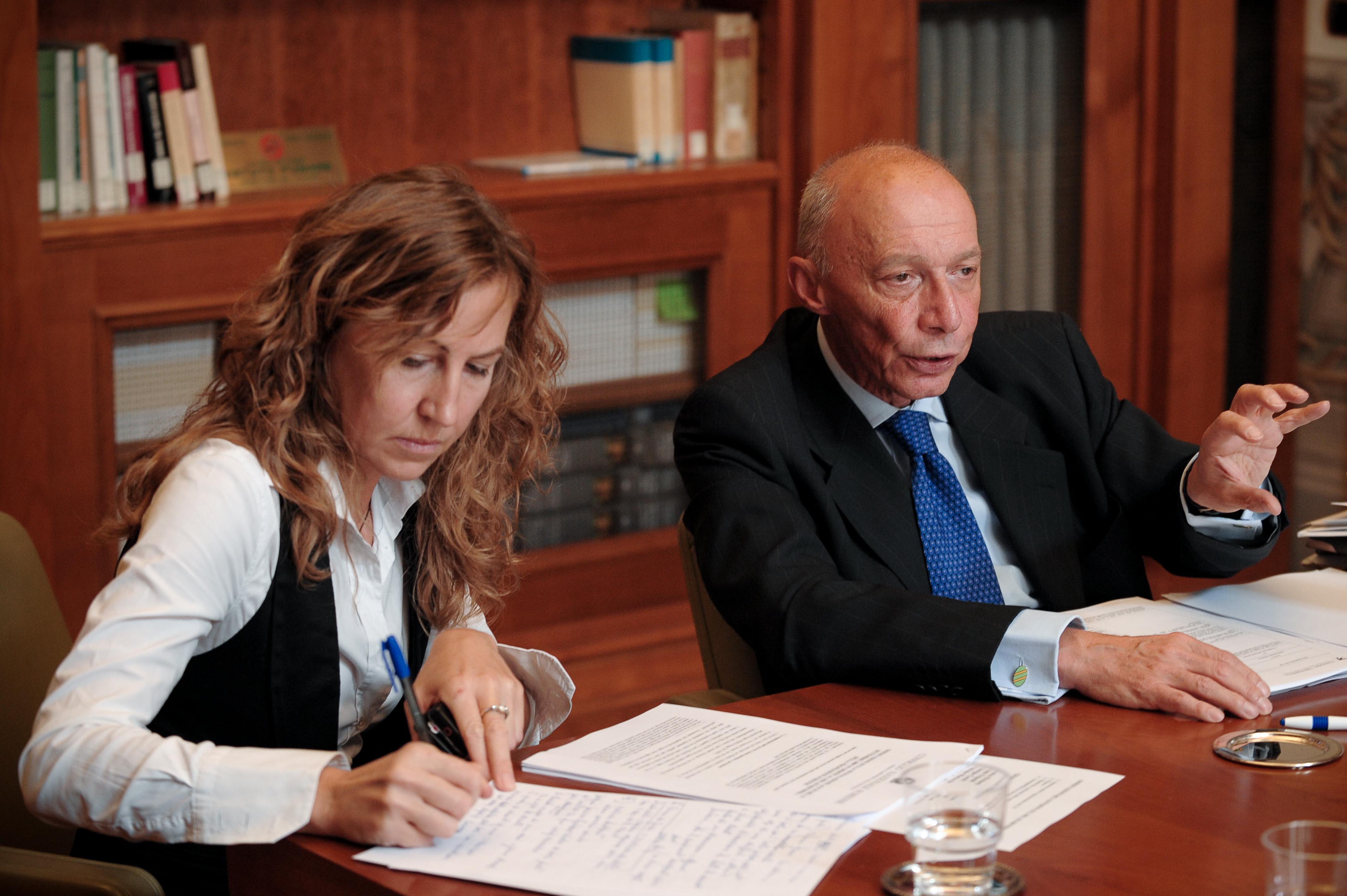 Claudia Morelli e Guido Alpa durante una conferenza stampa in Consiglio Nazionale Forense