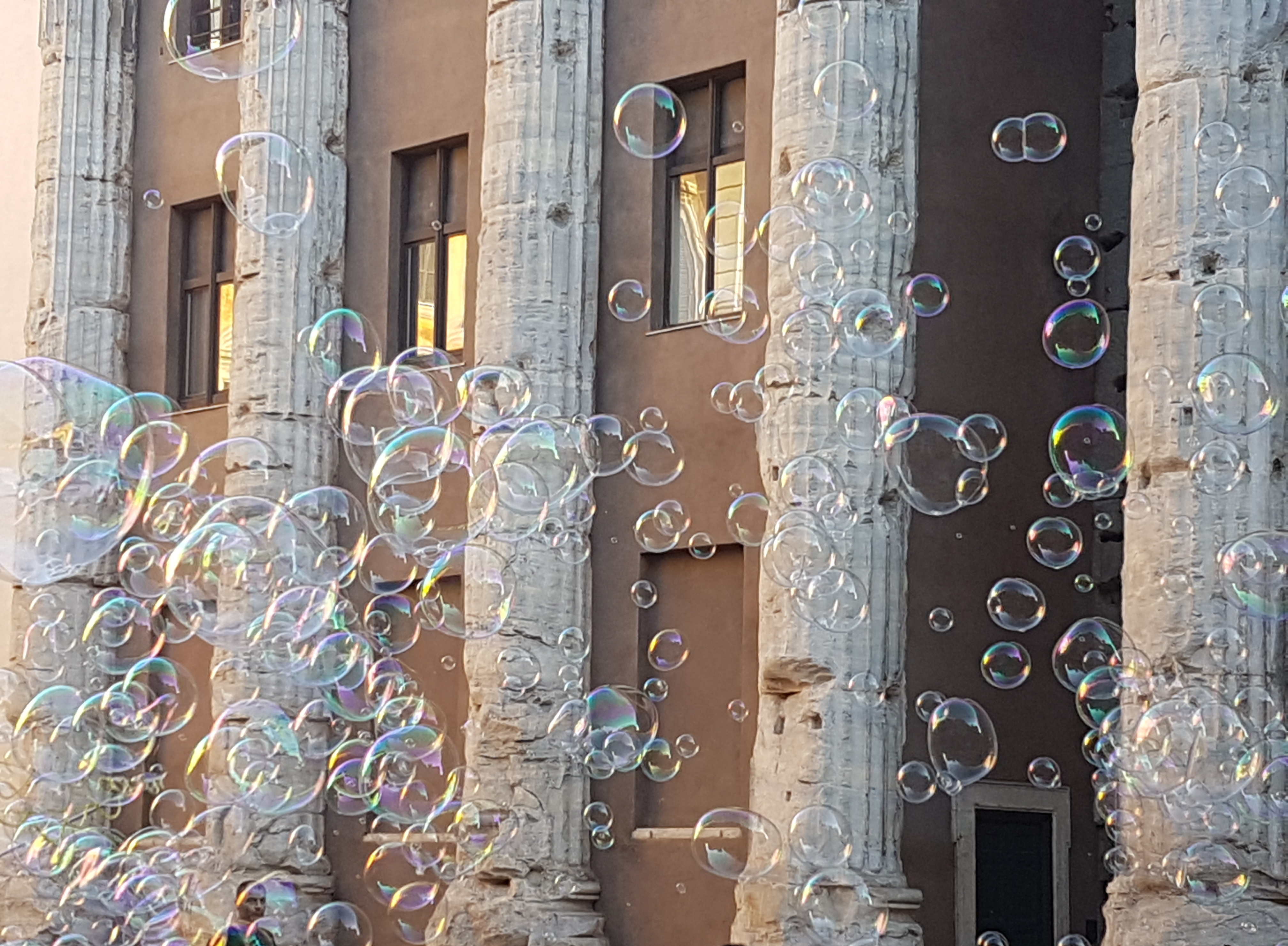 Foto di bolle per pagina Contatti di Claudia Morelli