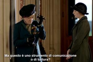 Scena di Dowton Abbey: contessa Crowley alle prese con l'innovazione