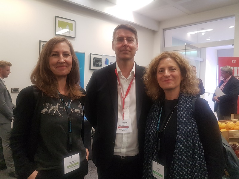 Claudia Morelli con Richard Tromans (artificial lawyer) e Eva Cresci - Londra 2018
